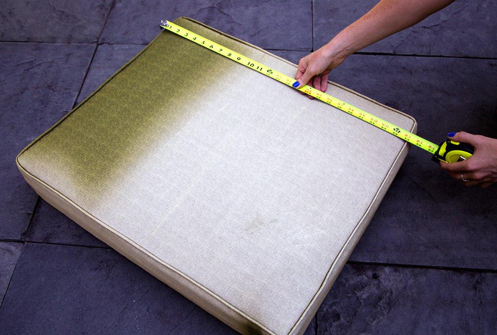 DIY outdoor cushion measure